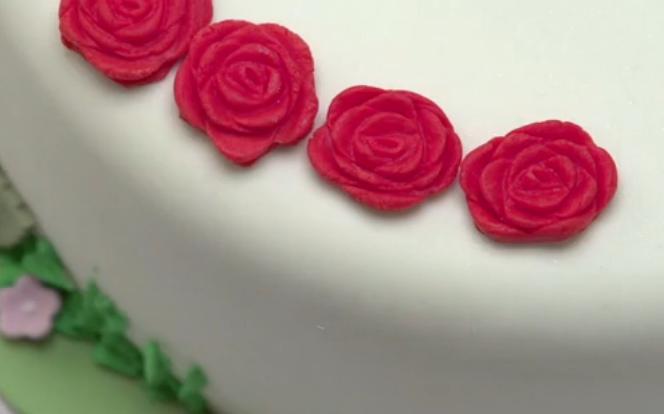 Cake Decorations Sugar Roses : rose-cake-sugar-decorations SugarBliss Cake Company