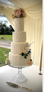 rustic-4-tier-wedding-cake