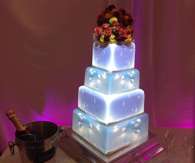 wedding cake gallery wedding cake pictures. Black Bedroom Furniture Sets. Home Design Ideas